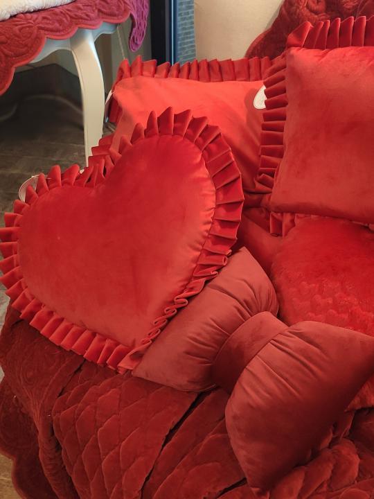 Cuscino fiocco in velluto rosso