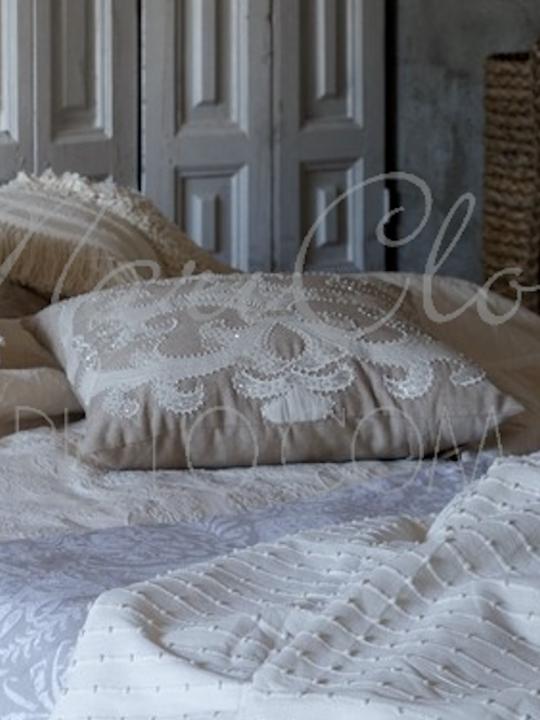 Cuscino ricamato