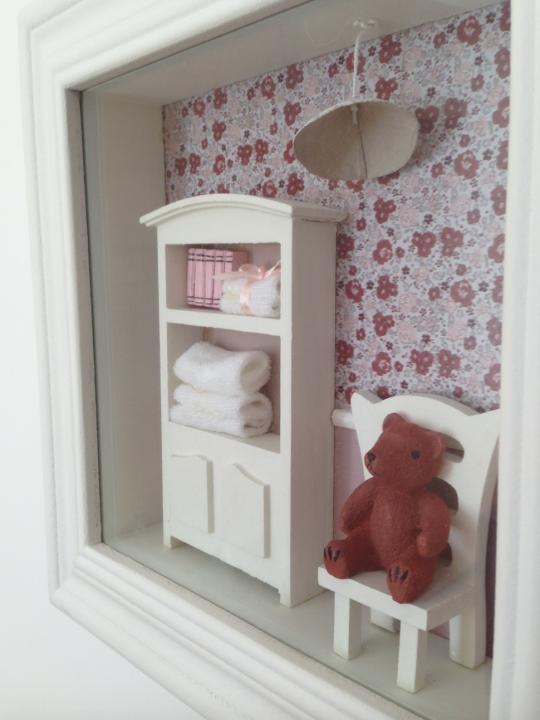 Quadro vetrina rosa